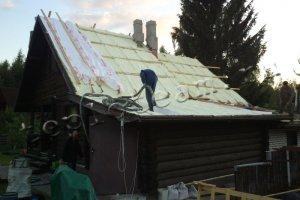 Утепление крыши легкой пеной